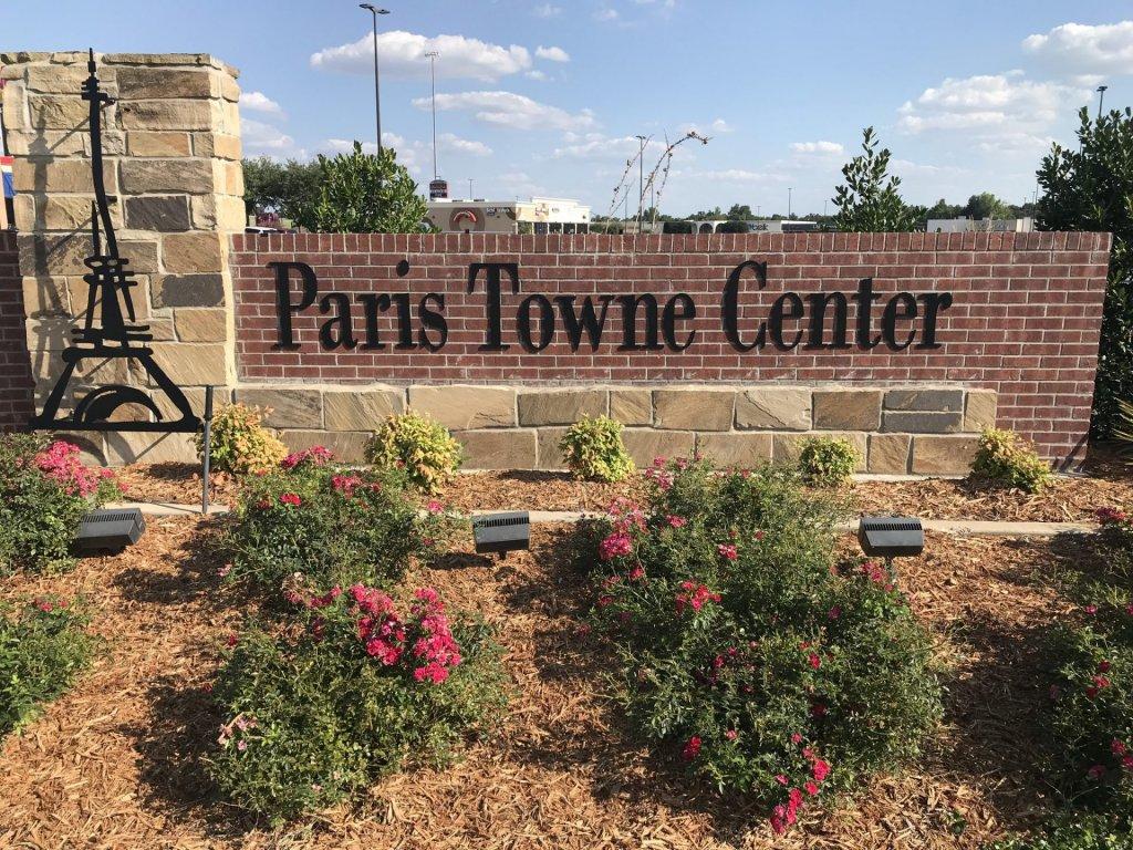 Paris Towne Center